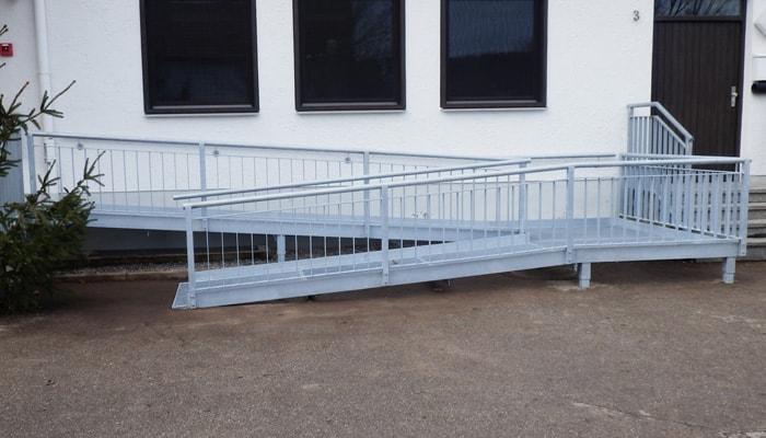 mb baumgartner barrierefreier aufgang - Metall ist ein kreativer Werkstoff
