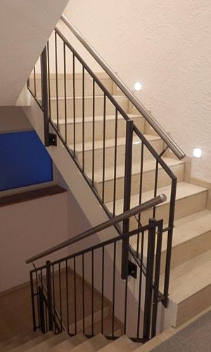 mb baumgartner treppengelaender var3 1 - Metall ist ein kreativer Werkstoff